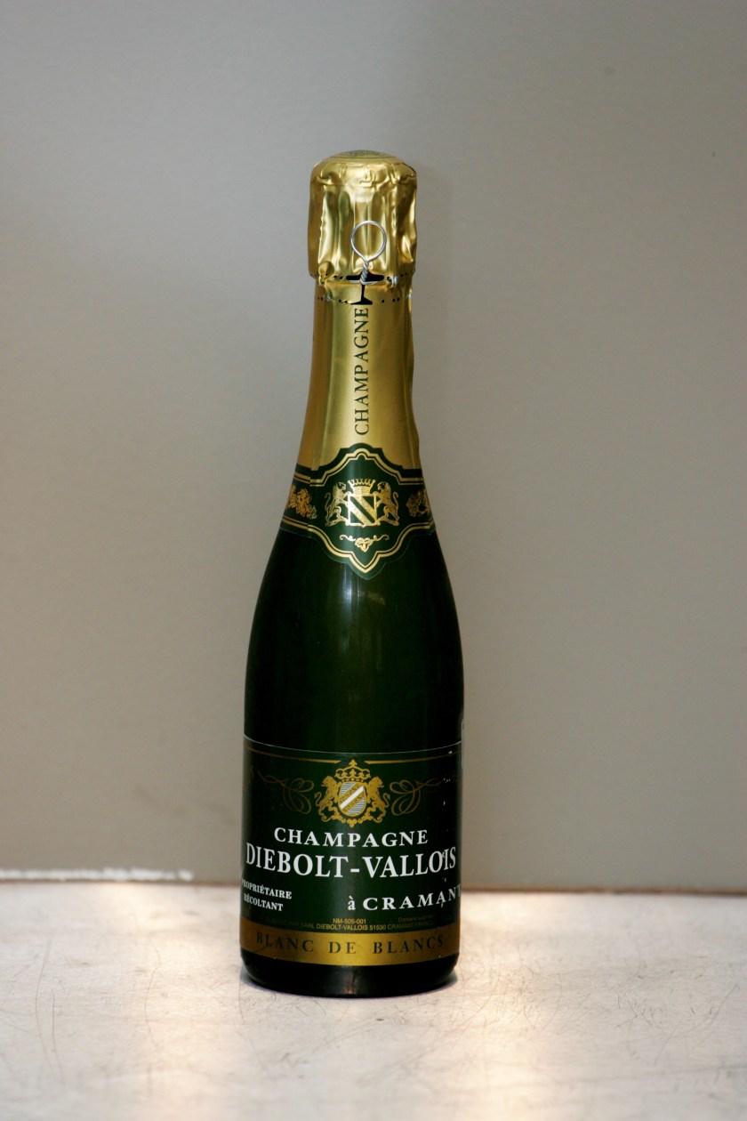 бутылка шампаского Блан де Блан