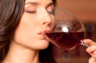 La Scienza decreta: il bicchiere cambia il sapore del vino