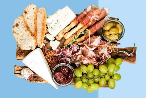 Photo of a charcuterie tray.
