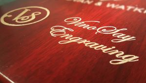 Wooden box engraved with VinoSay Engraving