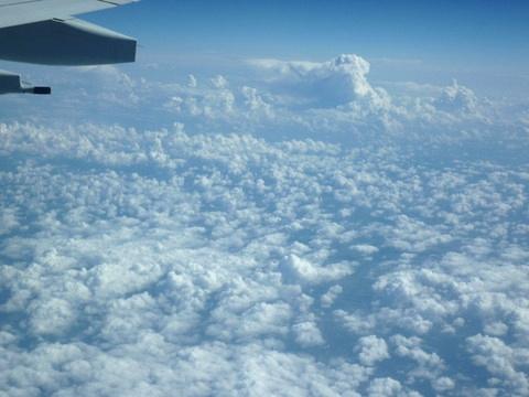 仍然是云层