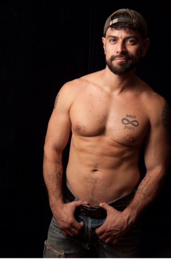 Dominic Sol gay hot daddy dude men porn