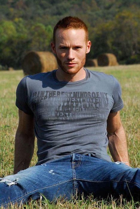 Aaron Lee Smith gay hot dudes daddies men guys
