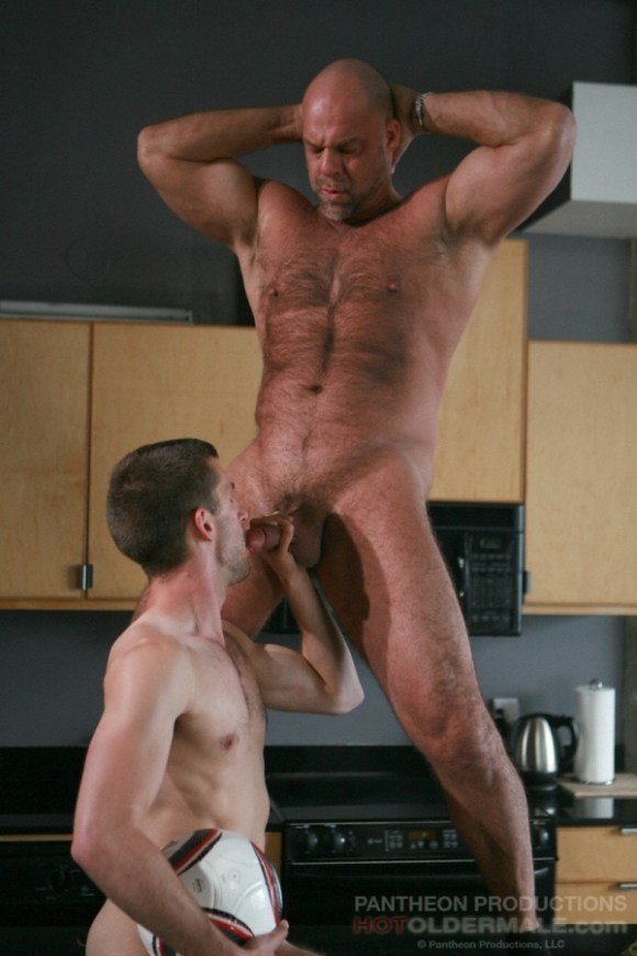 Zak Spears fuck Ethan Roberts gay hot daddy dude porn hot older male