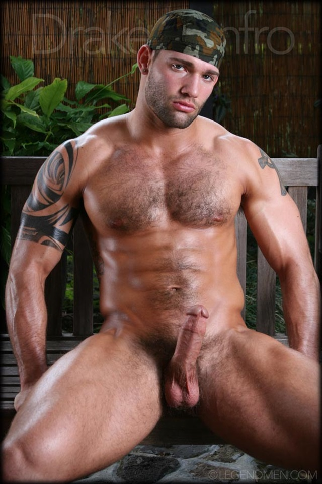 Drake Renfro hot daddy dude men porn