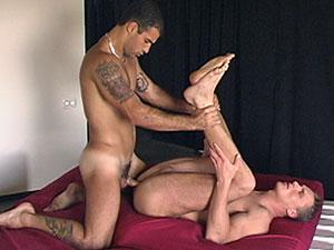 Leon Fala fuck Eric Flower gay hot daddy dude men porn Italian Beginner