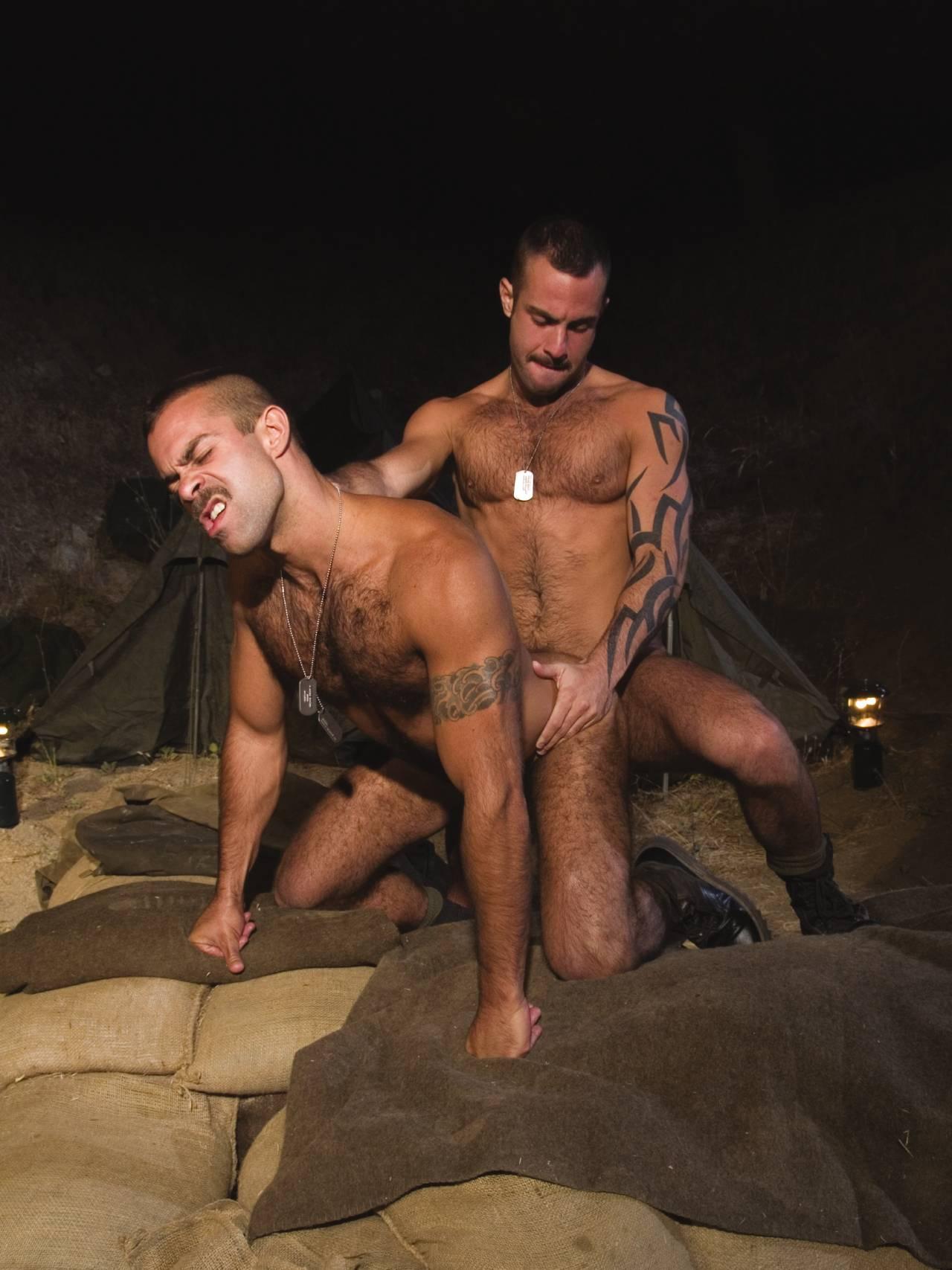 Orlando Toro fuck Steve Cruz gay hot daddy dude men porn Grunts