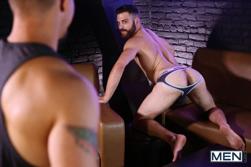 Adam Bryant fuck Tommy Defendi gay hot daddy dude men porn Love Gun