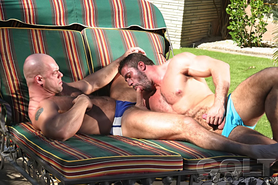Carlo Masi fuck Zak Spears gay hot daddy dude men porn Wide Strokes