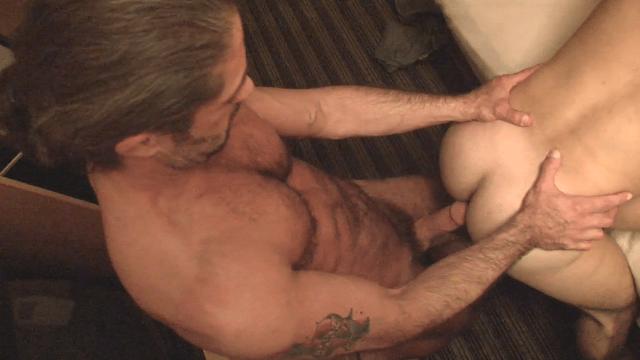 Jack Allen bareback fuck Ethan Wolfe gay hot daddy dude men porn Legendary Stud