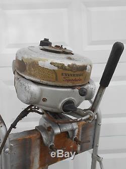 Antique Vintage Evinrude Sportwin 3 3hp Outboard