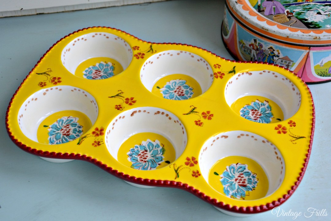 TK Maxx Vintage Porcelain Painted Muffin Tin