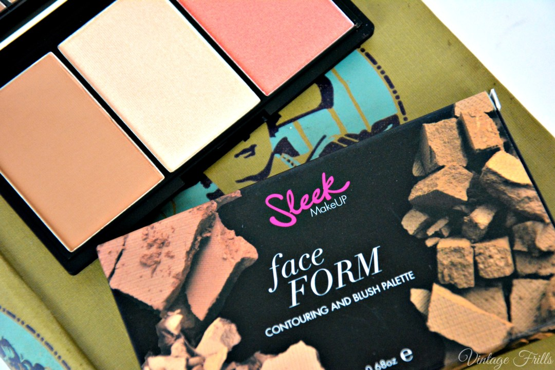 Boots Haul Sleek Face Form Contouring and Blush Palette