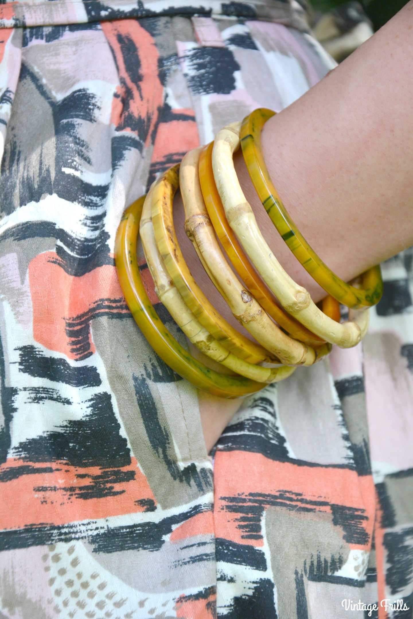 Love ur Look Dress and Vintage Bakelite Bangles