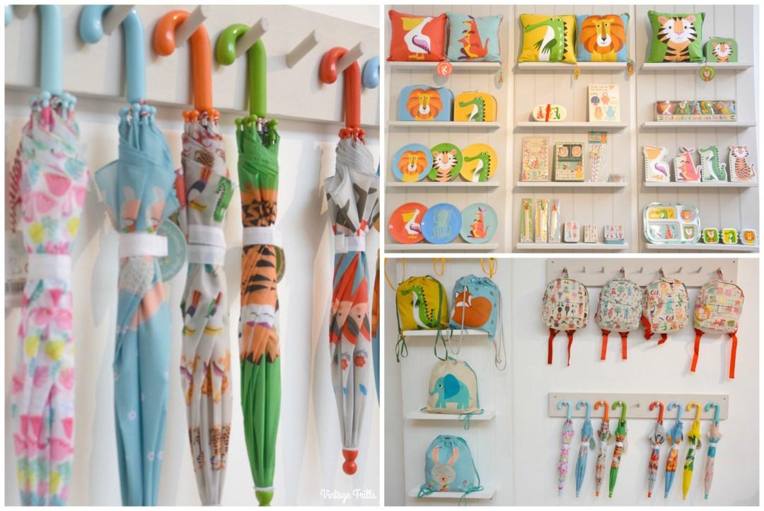 dot-com-gift-shop-christmas-kids-bags-and-umbrellas