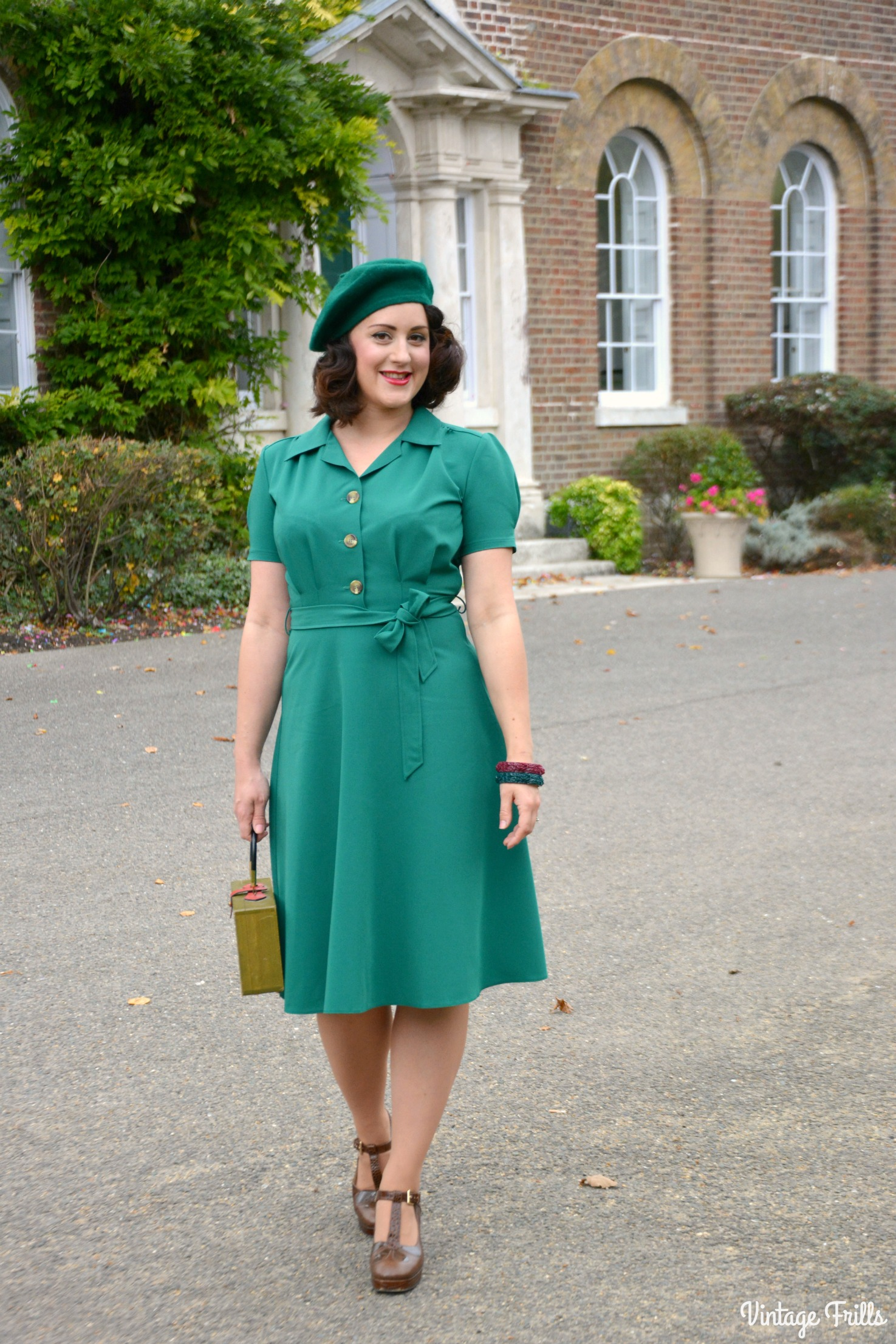 1940s Day Wear: The Perfect 1940s Style Dress From Pretty Retro OOTD