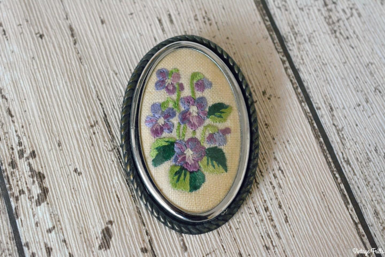 purple-embroidered-flower-brooch