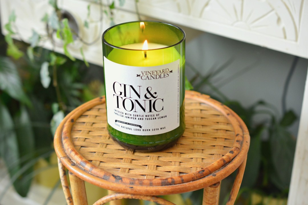 Prezzybox | Vinyard Candles | Gin and Tonic Candle Review