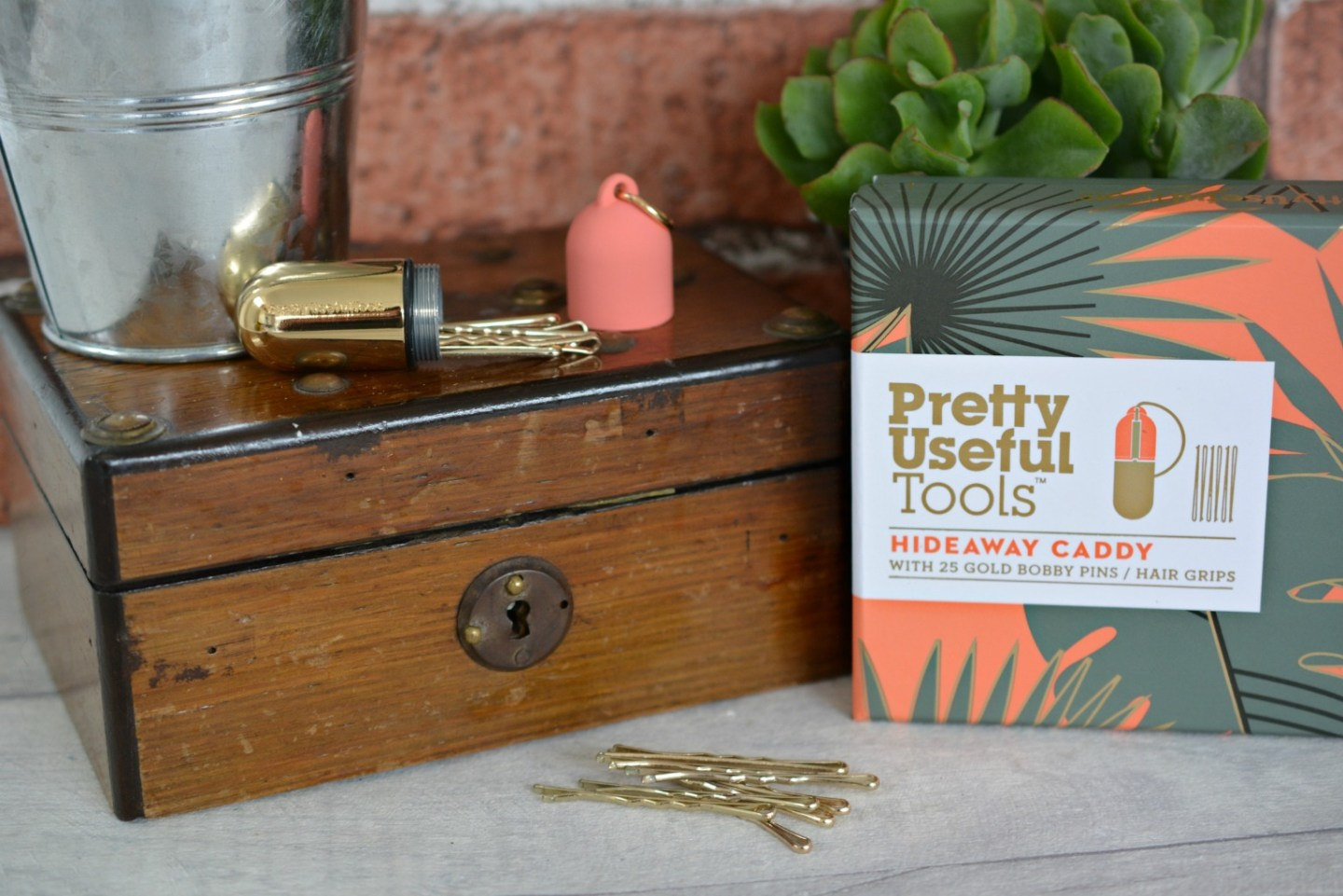 A Pretty Useful Bobby Pin Caddy | Pretty Useful Tools Hideaway Caddy from Prezzybox