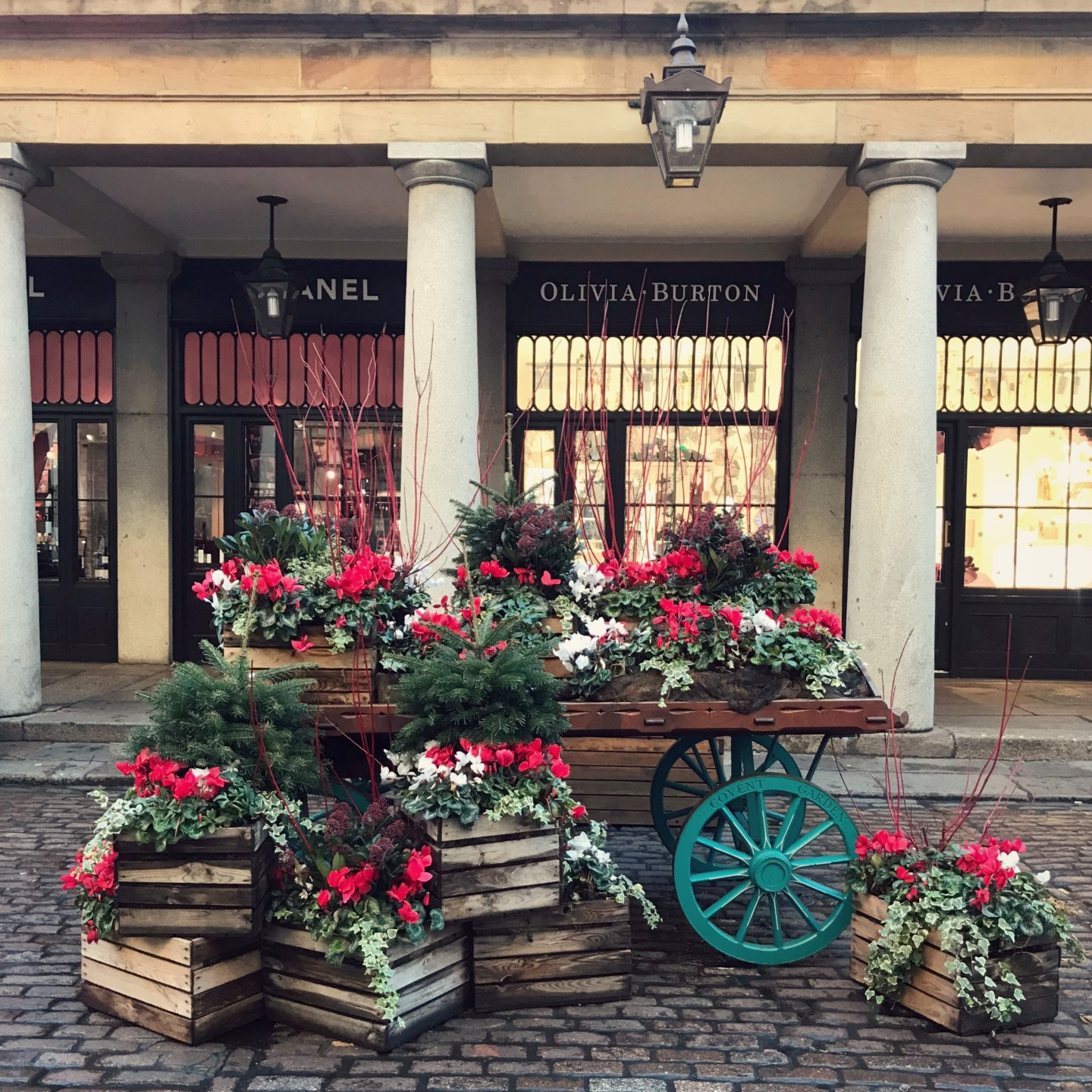 Covent Garden Christmas Photo Walk - Where to Get Those Festive Instagram Snaps!