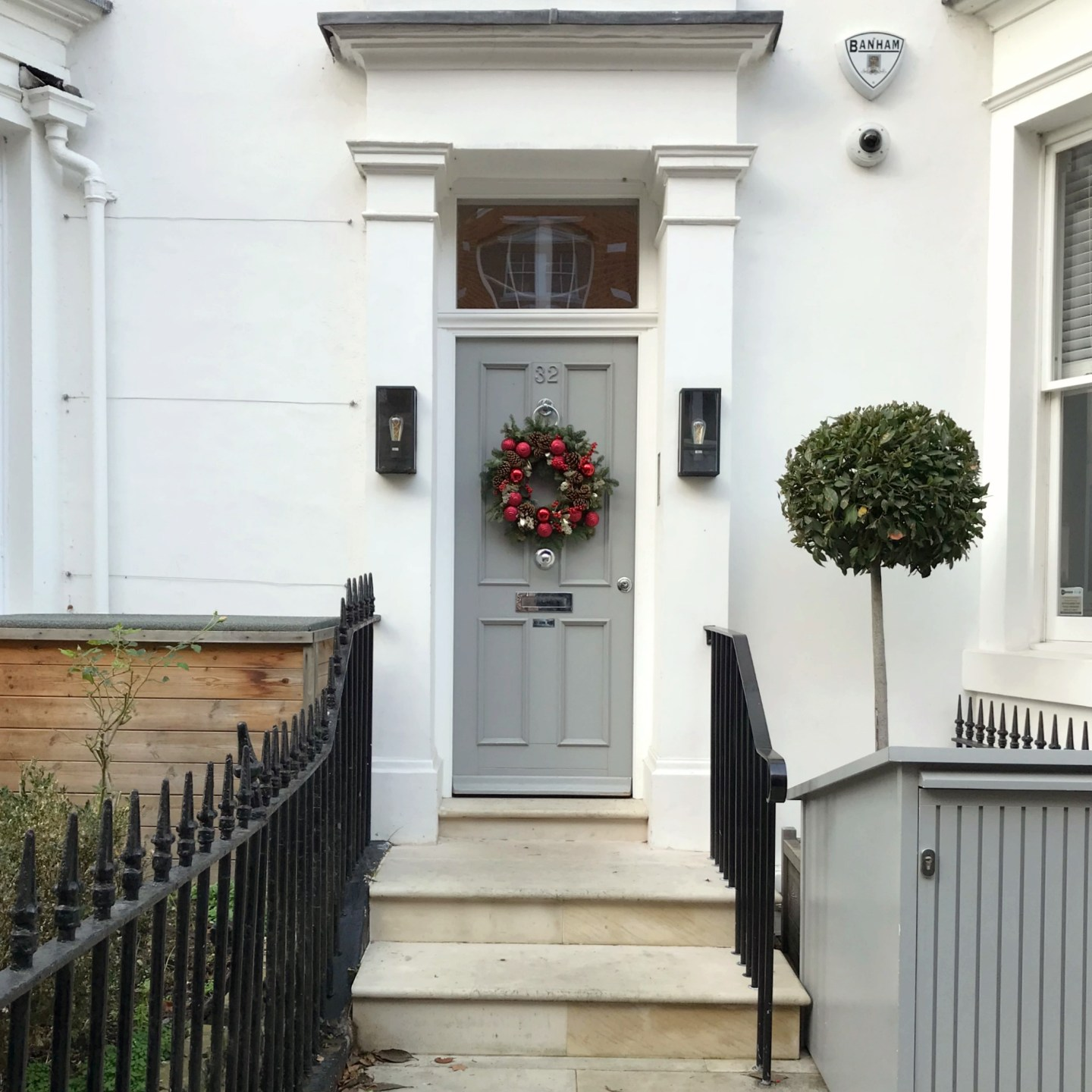 A Little London Wreath Walk