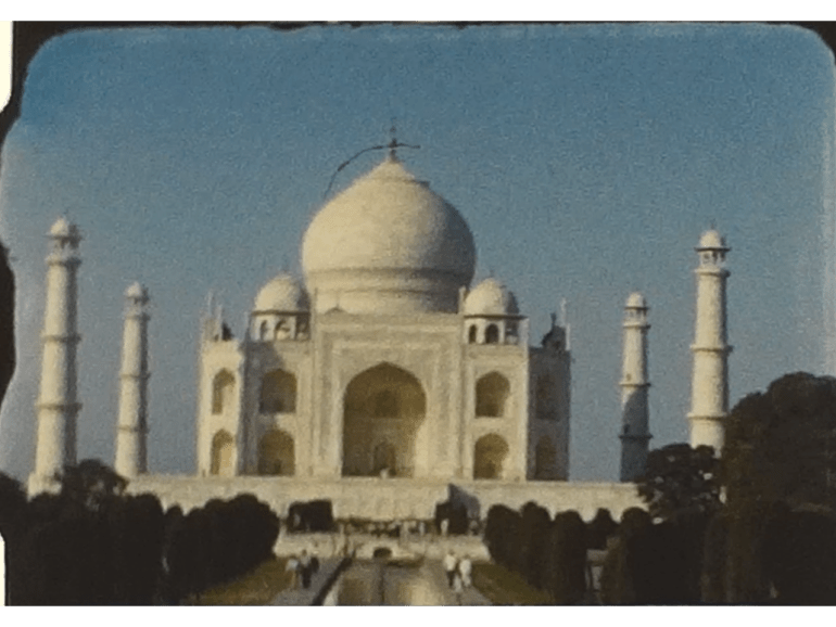 Historic film of Delhi in India from the early 1960s 6