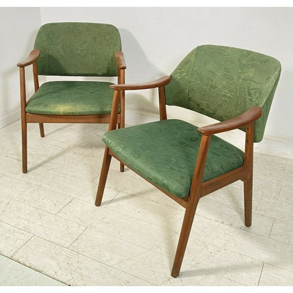 Sono marcate con targhetta di produzione ed in ottimo stato. Coppia Poltrona Design 1970 Armchair Vintage Anni 70 Stile Svedese Sedie
