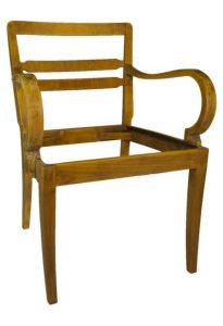 Vintage - vom Stuhl aufwärts: EKARIUS von Moabit, vorher