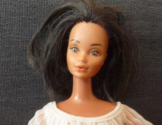 Barbie hispanique