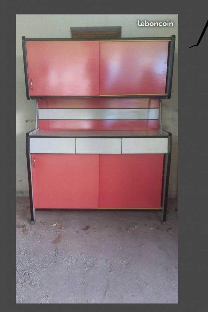 Formica  buffet de cuisine rouge