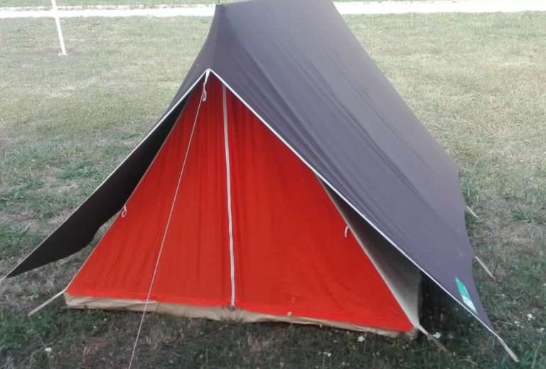 Tente de camping vintage