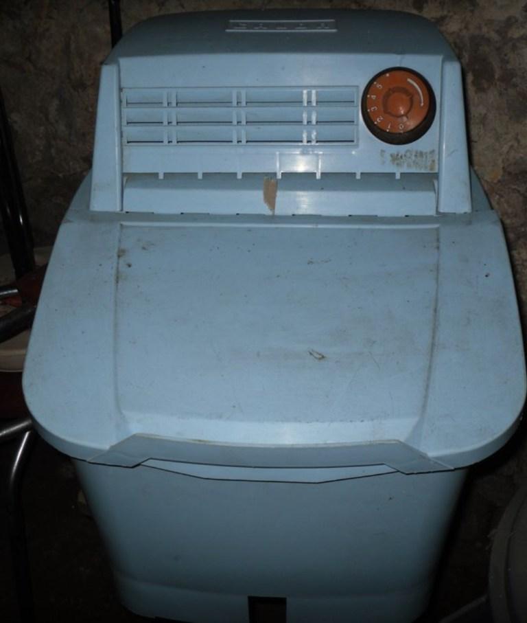 Machine à laver Calor vintage bleue