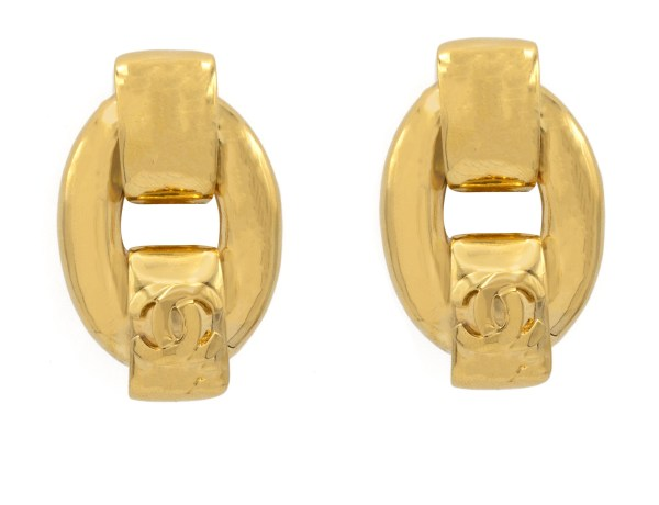 """Chanel 1 7/8"""" gilt oval hoop with top & bottom overlapping arches, bottom with logo, Spring 1997"""