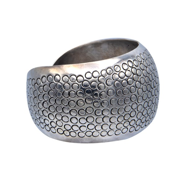 Product Photo Side View for Mexican Sterling Silver Scale engraved Chunky Cuff