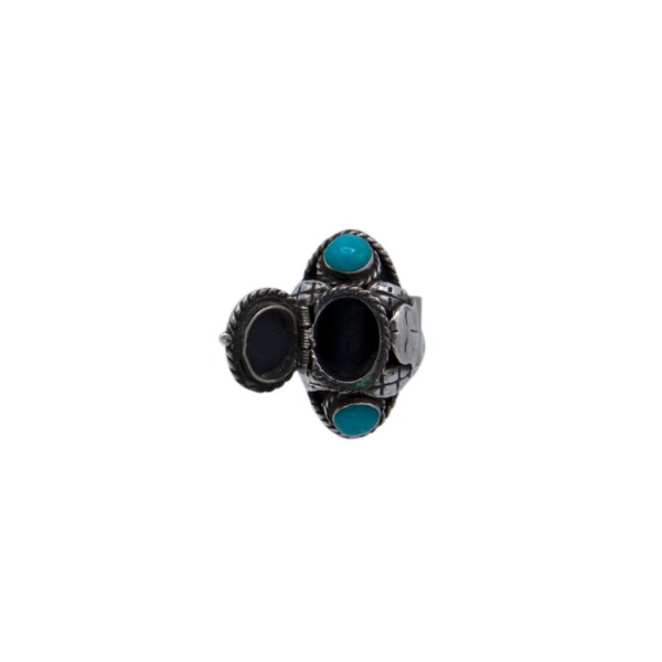 Product Photo of Side View of Vintage Taxco Sterling & Turquoise Poison Ring, circa 1960 witn open ring