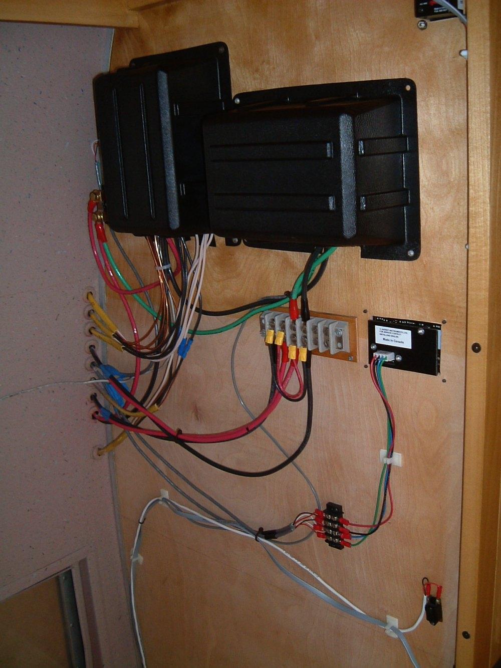 Wiring A Lighting Circuit Diagram Electrical Wiring Vintage Airstream
