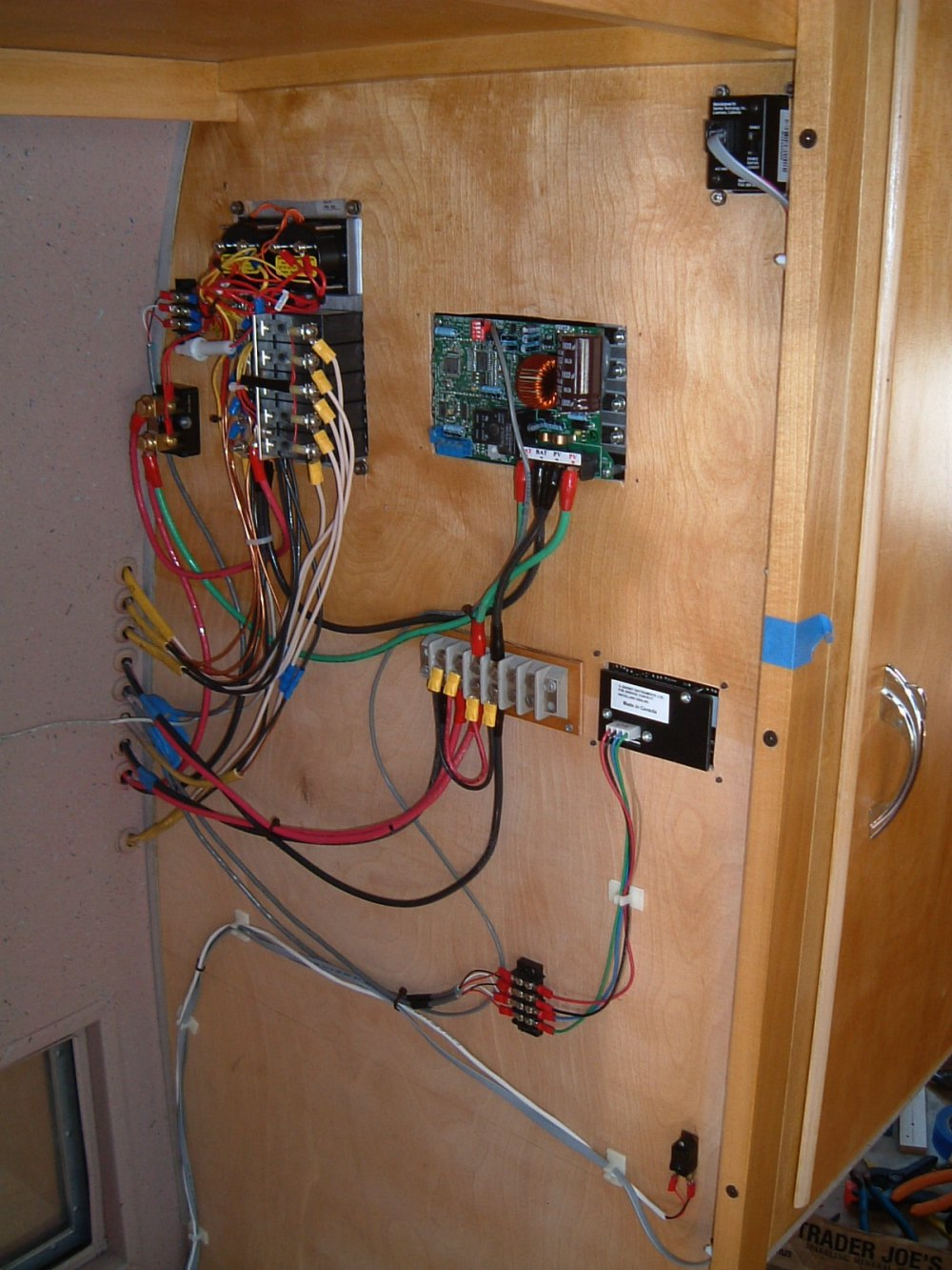 Wiring Diagram Wall Lights