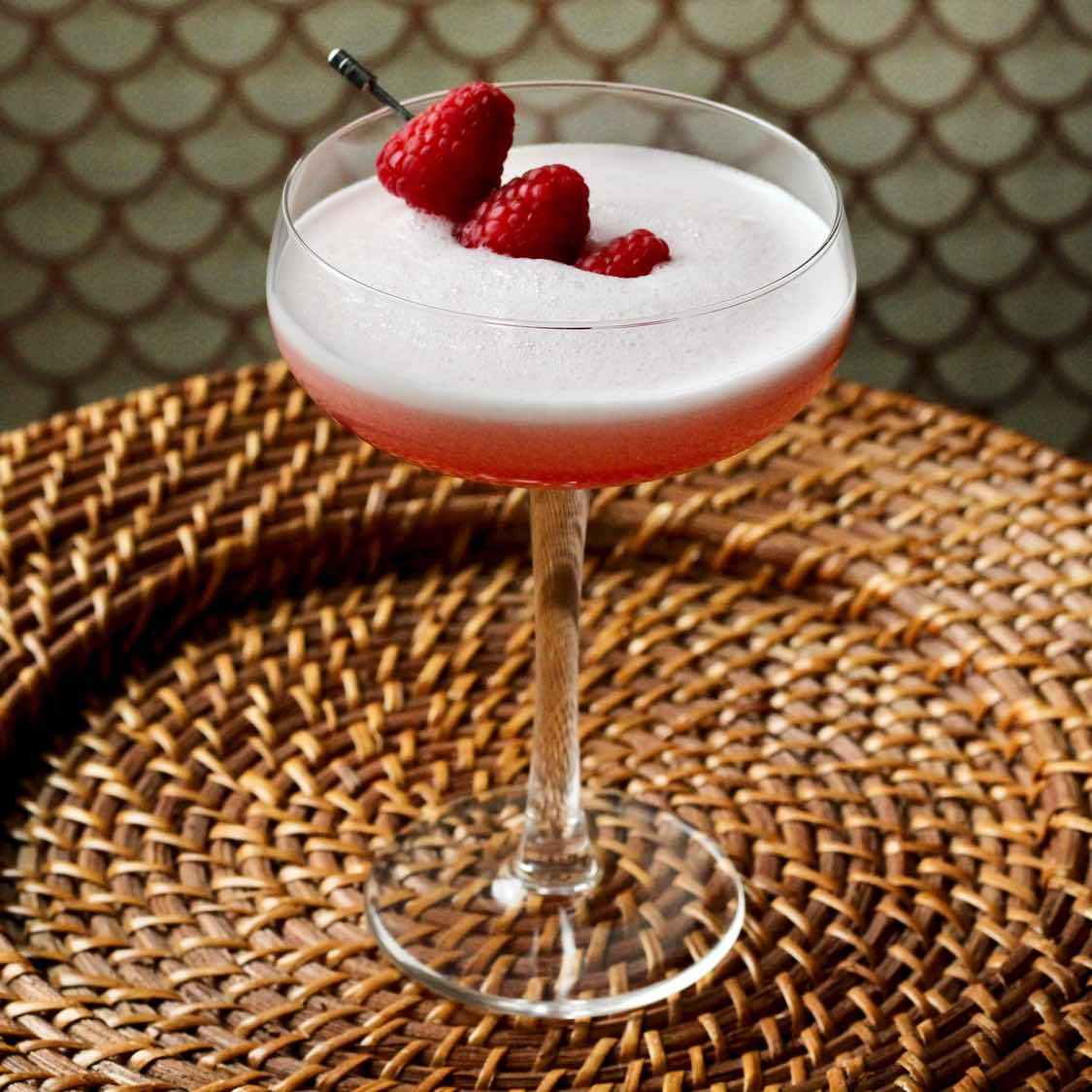 Clover Club cocktail - Classic 1917 Recipe From The Ideal Bartender