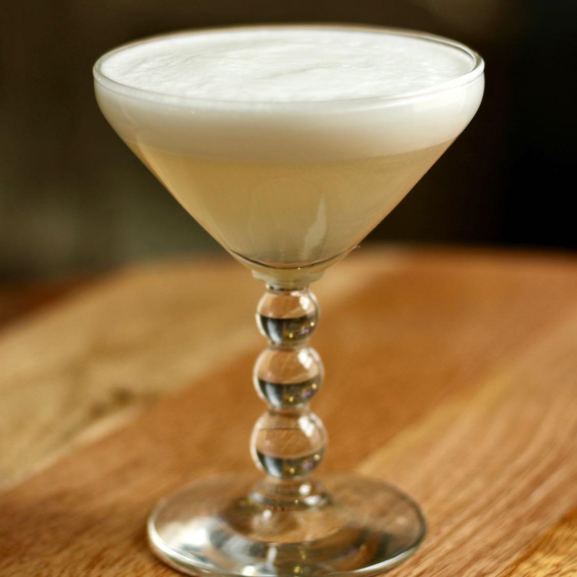 White Lady Cocktail - Original 1934 Savoy Cocktail Guide Recipe
