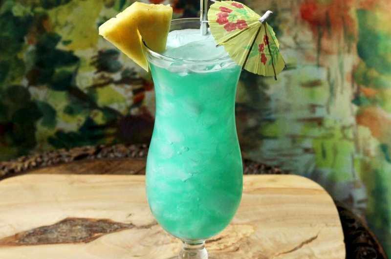 Blue Hawaii - Original 1957 Harry Yee Cocktail Recipe