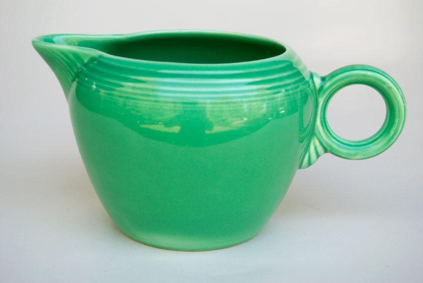 Vintage Fiestaware Pottery: 2 Pint Jug in Green: Genuine