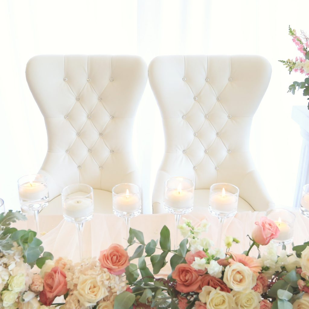 King And Queen Throne Chairs For Rent Bride And Groom White Chairs King 43 Queen Chairs Rental