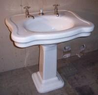 Pedestal Sinks | VintageBathroom