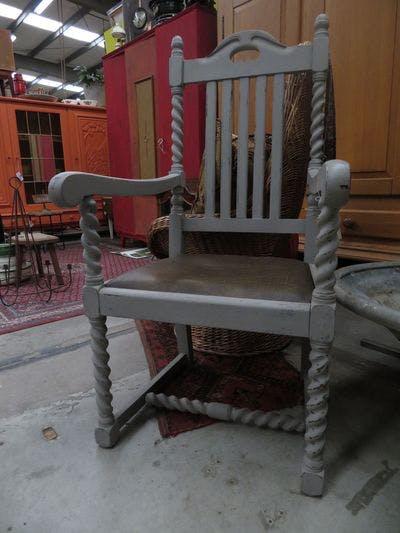 Antiek Grijze Stoel | Vintage Brabant