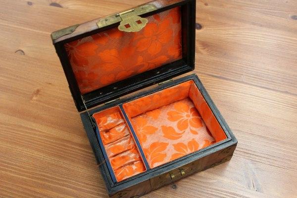 Sieraden kistje   Vintage Brabant