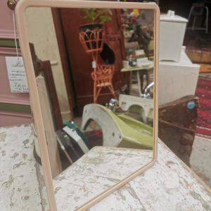 Plastic spiegeltje | Vintage brabant