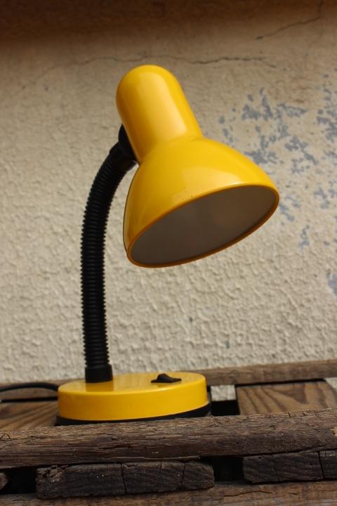 Lampe à poser vintage jaune