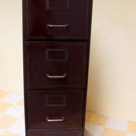 c t meubles archives vintage by fabichka. Black Bedroom Furniture Sets. Home Design Ideas
