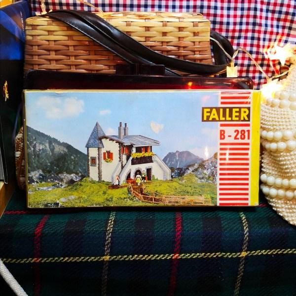 德國Faller H0比例場景小屋模型 B-281