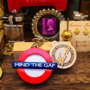 Mind Your Gap London Underground Keyring